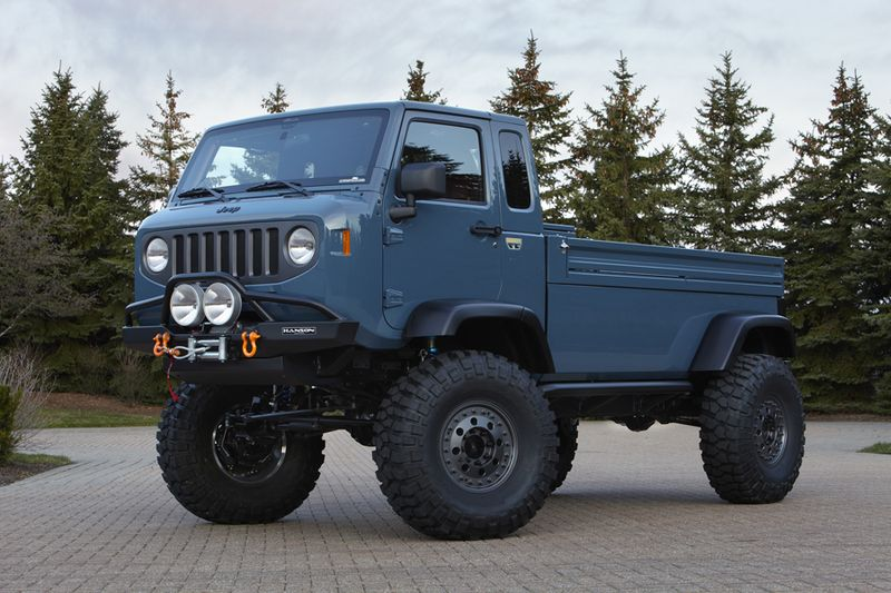 Jeep Mighty FC Concept front quarter